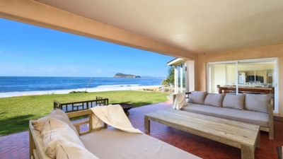 Photo for ABSOLUTE BEACHFRONT BEAUTY - PEARL BEACH