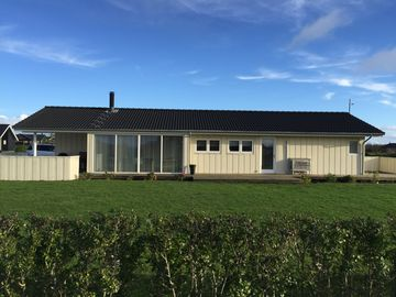 Super Modern Lace House near the beach with spa, sauna and Internet