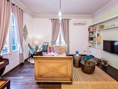 Photo for 3-bedroom apartment spacious retreat in the heart of the colorful Gracia