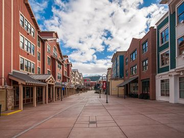Marriott's Summit Watch: Ideally Located on Main St at Town Lift with Luxury Studio, 1 & 2 Bedrooms - 2 Bedroom