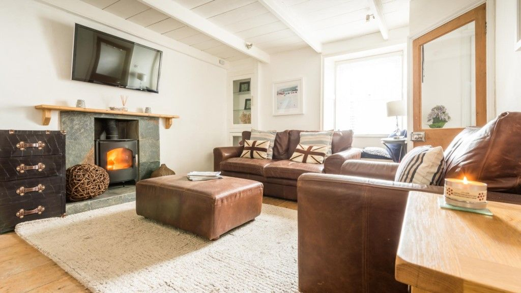 Penhallow, A Traditional St Ives Cottage A Few Feet From The Beach! Part 60