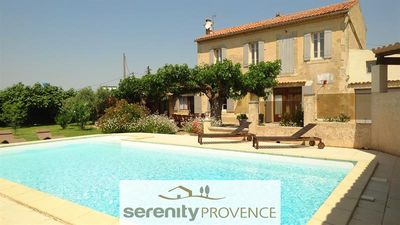 Photo for Beautiful house near the Luberon with private pool