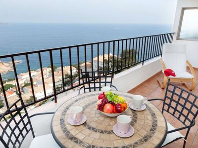 Photo for 2 bedroom Apartment, sleeps 4 in Tossa de Mar with WiFi