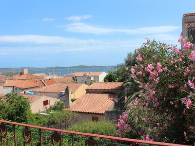 Photo for Central flat with sea view and flowers all around