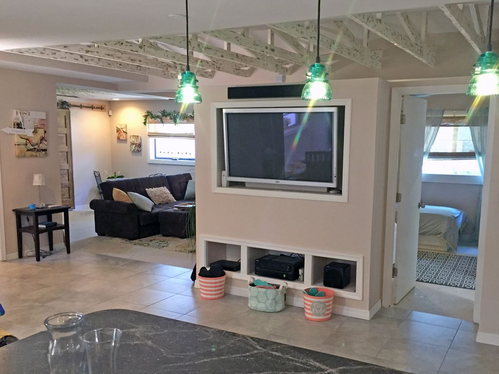 private home 2 blocks from beach firepit game room and backyard
