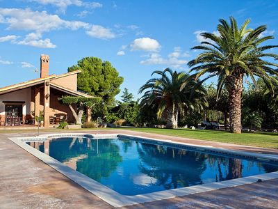 Photo for Beautiful private villa with private pool, TV, washing machine and parking