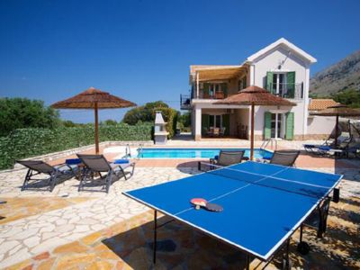 Photo for Spacious Villa with private pool and privacy in quiet location, top equipment