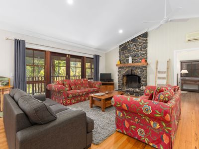 Photo for Friday Creek Retreat - #1 The Big House - spacious 3 bedroom cottage sleeps 10