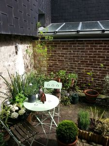 Photo for MY LITTLE GARDEN: 3 * charm - historic center - small garden - free parking