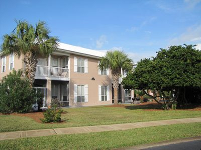 This is one big house!  2 living areas! 3BR/3.5BAs! Walk to the beach!