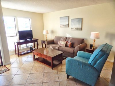 Photo for Studio condo #8106 overlooks Gulf Shore drive, just steps from the beach!