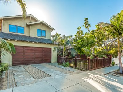 Photo for Comfortable Craftsman near the beach
