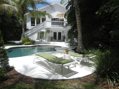Photo for Siesta Key large family home! Close to Beach and Siesta Key Village. Heated pool