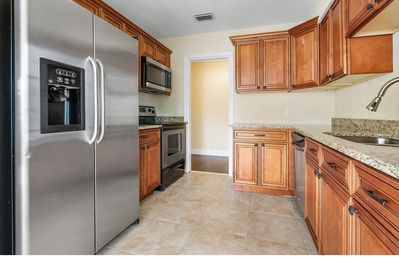Photo for Perfect down town house. Walk to intra coastal
