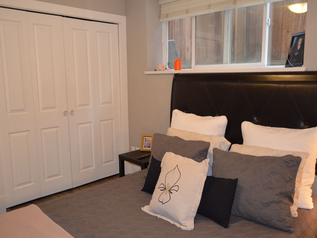Modern 2 Bedroom Basement Suite Available In Beautiful East Village Vancouver Vancouver Coast