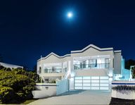 Great house for large family group