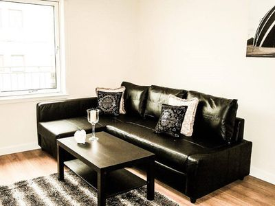 Photo for 1BR Apartment Vacation Rental in Glasgow
