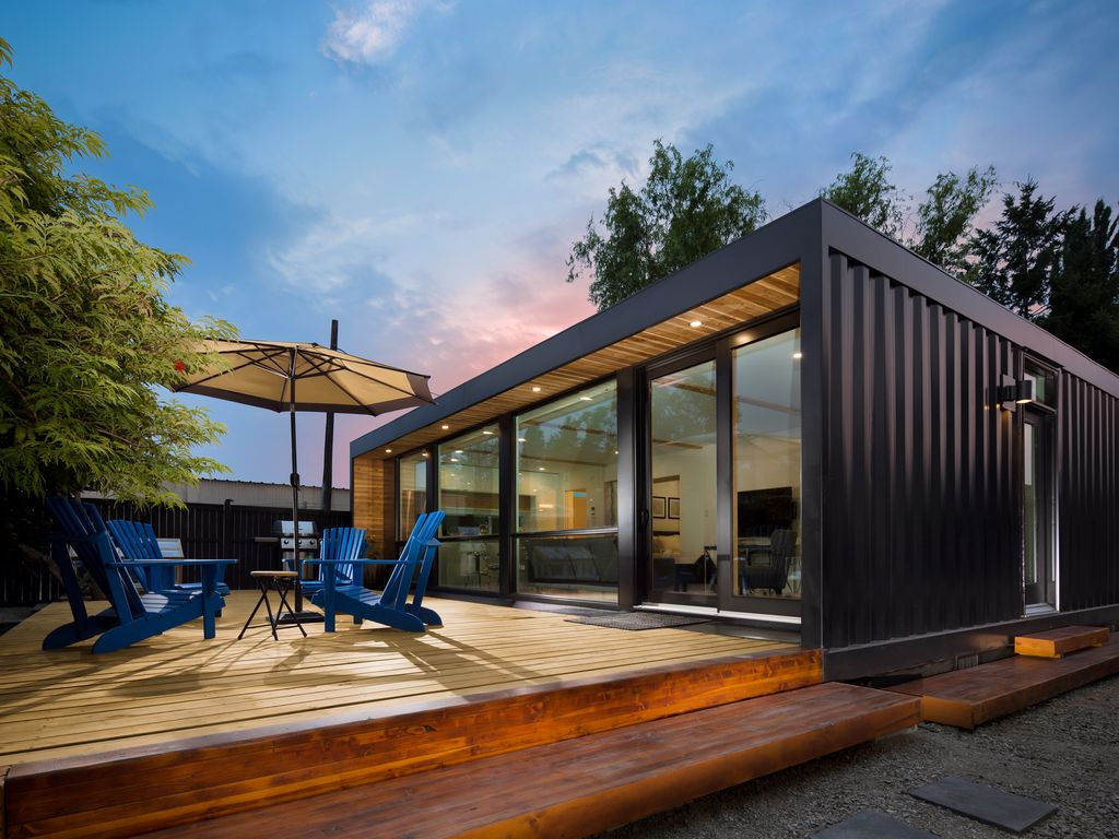 Modern Container Home brand new modern container home - dt kelown - vrbo
