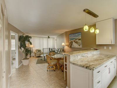 Photo for Angler's Cove 203H - 1 Bed 2 Bath Condo, Renovated!  Washer/Dryer in Unit!