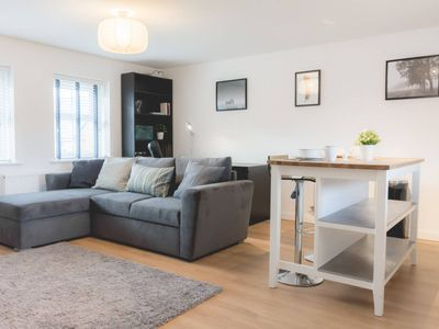 Photo for Cosy&Modern 1Bed Apt with Free Parking!