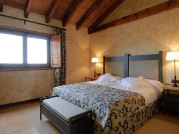 Self catering Cortijo Sierra la Solana 1878 for 20 people