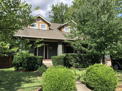 Photo for Beautiful Belmont Bungalow - minutes from downtown Nashville!