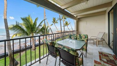 Photo for Oceanfront condo w/ private lanai, WiFi, full kitchen, shared pool & hot tub- perfect for couples