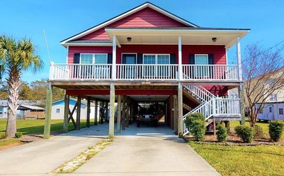 """Photo for """"Seas the Day"""" at Carolina Beach.  Beautiful 3 bedroom house just short walk to the beach with pr..."""