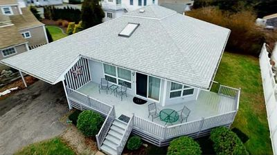 Fabulous Bonnet Shores Beach Home! Includes Central AC, Outdoor Shower & More!