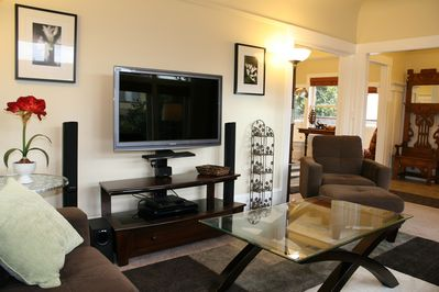 Living room HD TV with Blu-Ray, DVD, Xfinity Cable Premium Channel and On Demand