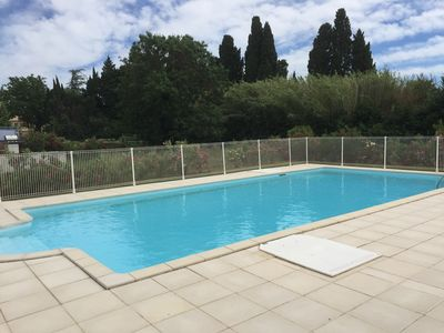 Photo for 5mn of St Remy de Provence, Villa in peace in residence reassured with swimming pool