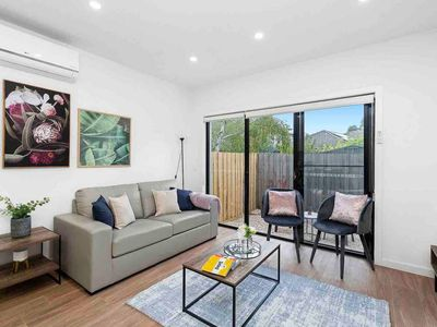 Photo for 2BR Townhome Vacation Rental in Moorabbin