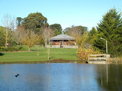 Photo for 2BR Cottage Vacation Rental in Healesville, VIC