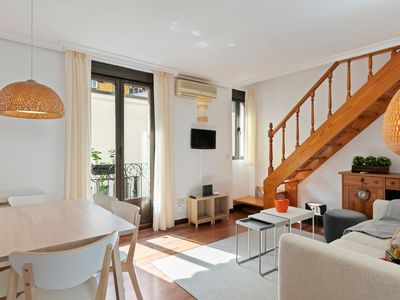 Photo for Beautiful & Comfortable Apartment with Two-Bedroom in Chamberí, Madrid