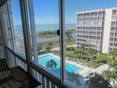 Photo for 2B/2B Gulf Front Island Vacation Condo at Creciente w/View of Beach and Pool