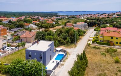 Photo for 4 bedroom accommodation in Peroj