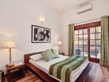 Secludecity- 3BHK Service Apartment in Safdarjung Enclave, South Delhi