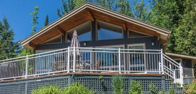 Photo for SATELLITE LUXURY CHALET - Satellite & Spa - 8 people - Access to water - 3 bedrooms