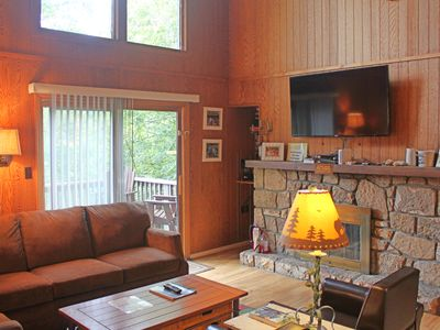 Photo for Up in the Trees 3BR/2.5BA Sleeps 7 at Bee Branch 46