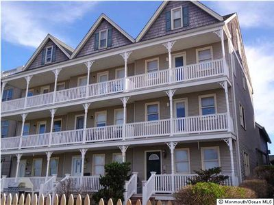 Photo for Beautiful townhouse located only steps from the beach. Summer Weekly Rental.