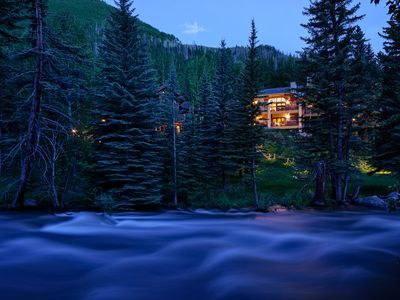 Photo for VAIL LUX HOME, HOT TUB, ARIA SPA*CASCADE VILLAGE*MULTI FAMILY* WALK TO CHAIR#20