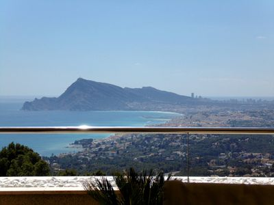 Photo for The most spectacular view of the Costa Blanca from this 4 person apartment