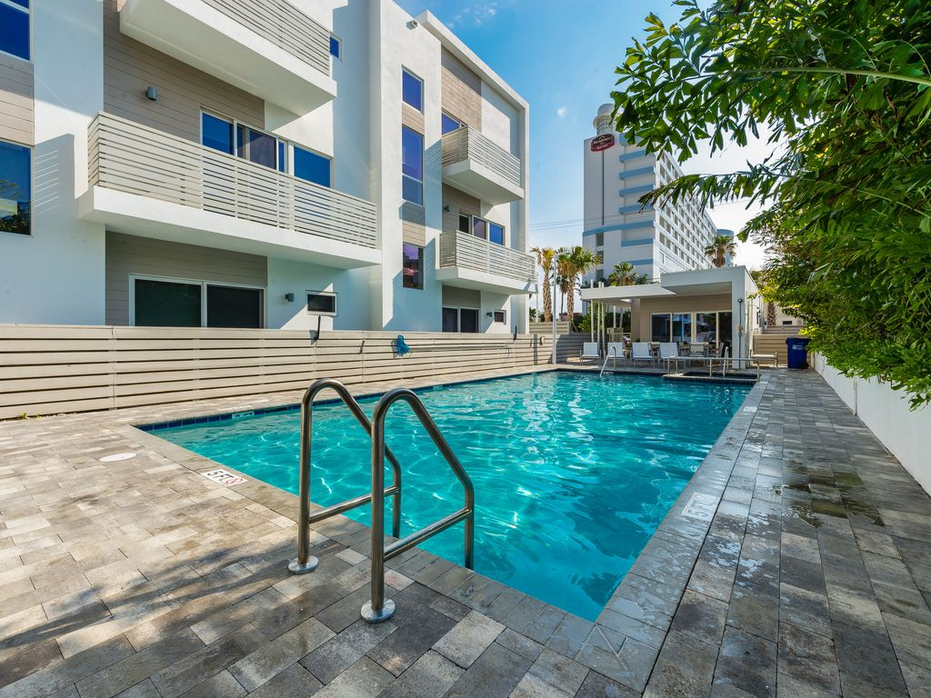 Top 50 VRBO Rentals 2018 in Pompano Beach, Florida | AllTheRooms