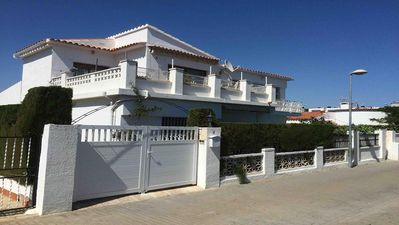 Photo for Cambrils beautiful villa 2 apartments with pool for 2 to 10 people 100m sea