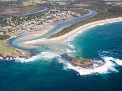 Photo for Minnamurra Village Beach House - 1 Night Bookings Available