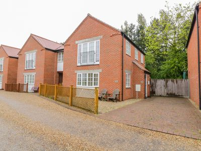 Photo for 26 BURTONS MILL, family friendly in Stalham, Ref 992899
