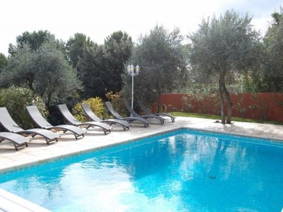 Photo for Near Isle sur la Sorgue Beautiful heated pool villa and view - wifi gra