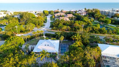Photo for Villa Verde: Beautiful Home w/ Pool in Prime Location! You can see the Beach!