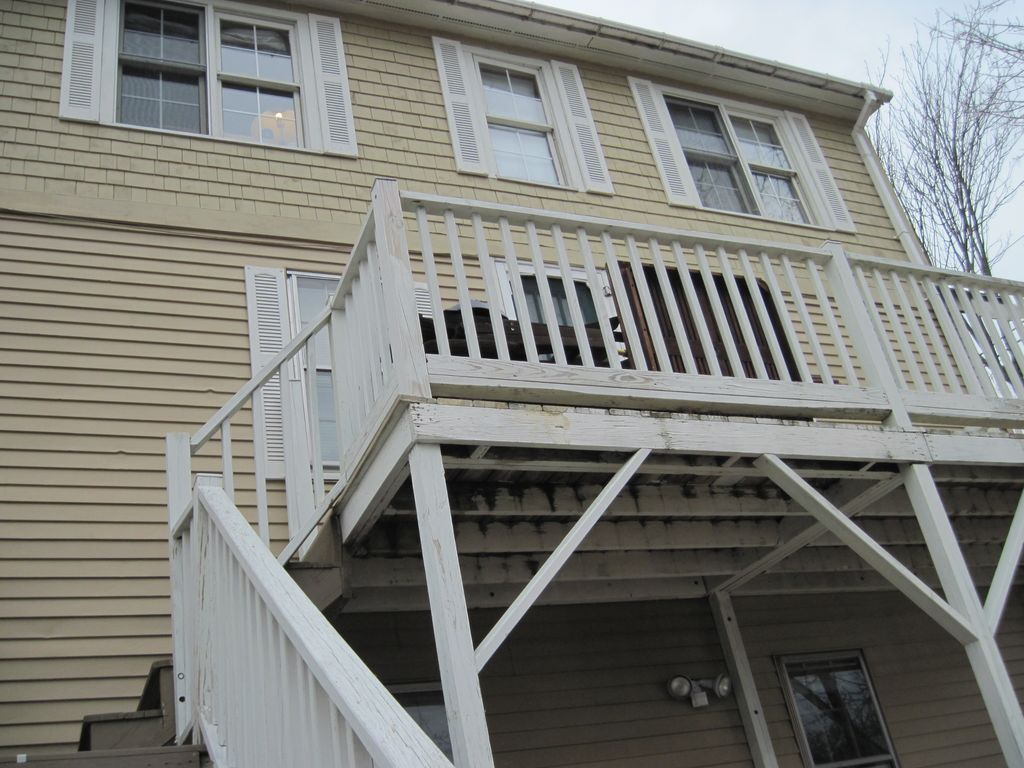 Oceanview with Large Deck, Historic Cottage