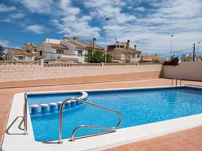 Photo for Comfortable apartment, bright, swimming pool, elevator 10 minutes from the beach